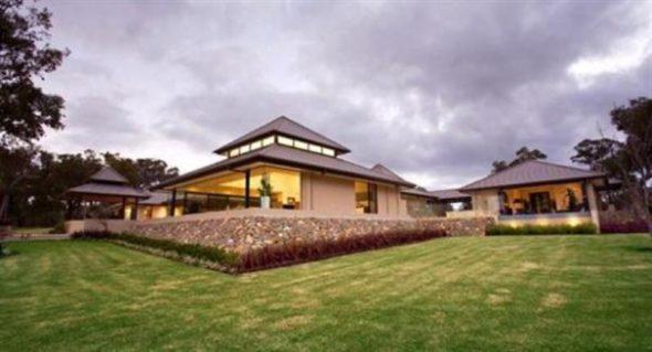 Luxury Home Design Garden