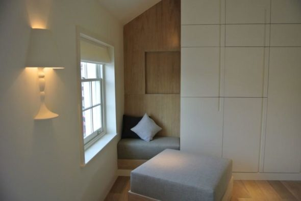 Minimalist chairs - Butterfly Loft Apartment