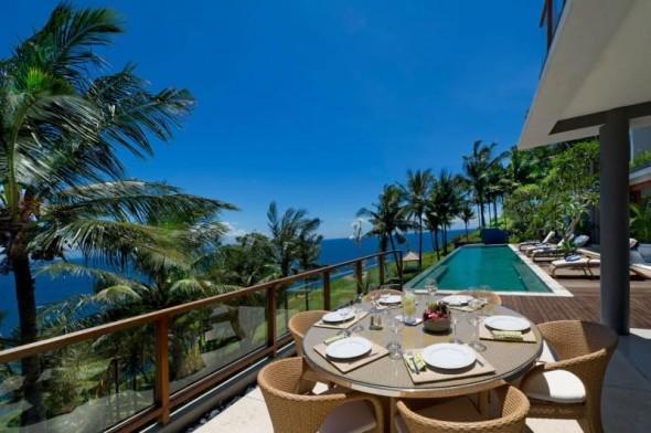Malimbu Cliff Villa - Dining Outdoor