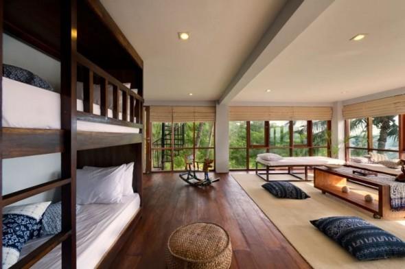Malimbu Cliff Villa - Large Room