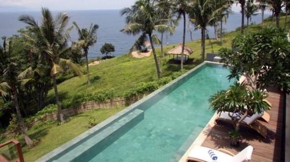 Malimbu Cliff Villa - Pool