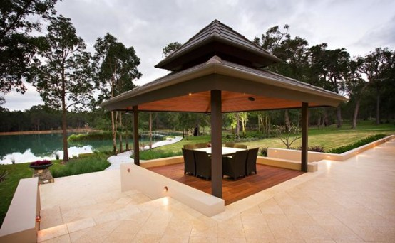 Farmhouse designs in Australia-pergola