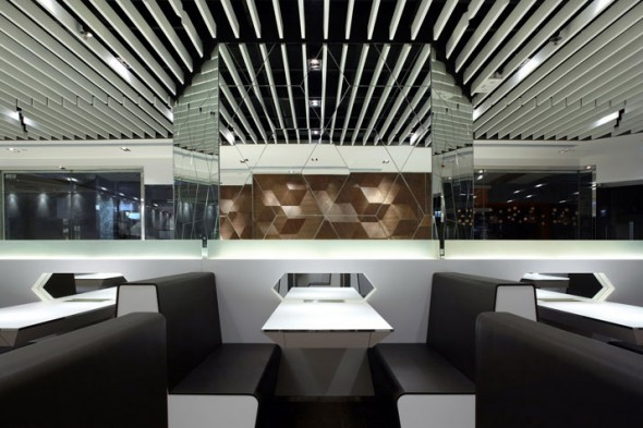 Cafe Image Ulso Tsang9, Amazing Beautiful Fairwood Buddies Café in Hong Kong