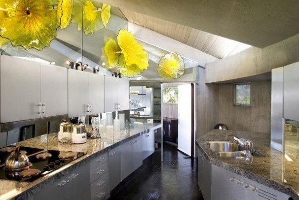 The Elrod House by John Lautner beautiful kitchen from The Bond's Movie