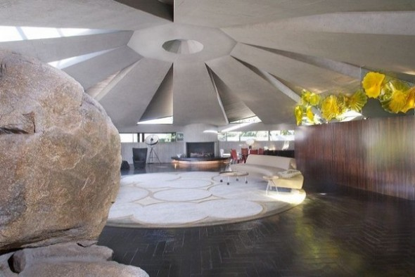 The Elrod House by John Lautner modern living room from The Bond's Movie
