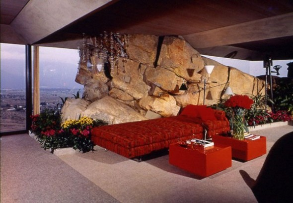 The Elrod House by John Lautner red and stone from The Bond's Movie