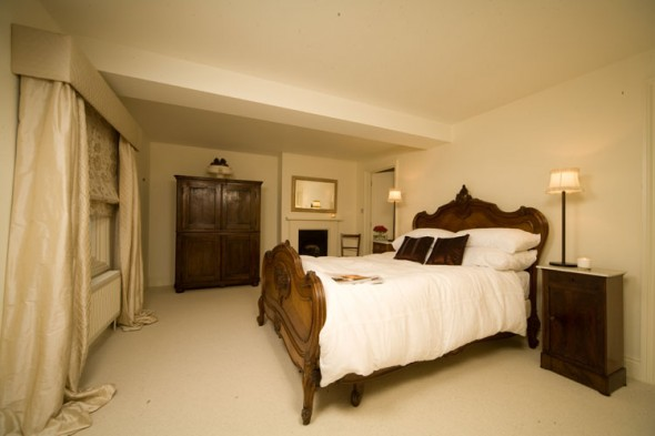 Wooden Bedroom Interior Design by Ratchford Taylor