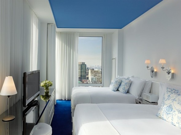 Twin bed Mondrian Soho Hotel
