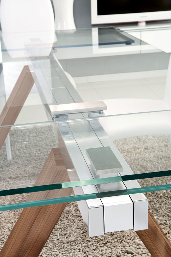 Black Glass Extending Dining Table Detail