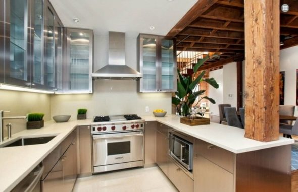 Kitchen-Kitchen-Living in Katy Perry Dream HouseLiving in Katy Perry Dream House